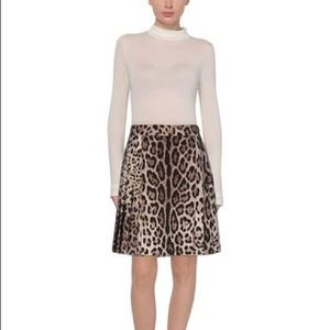 NWOT Dolce and Gabbana skirt size 42